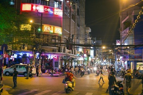Pham Ngu Lao District - Backpackers District in Saigon