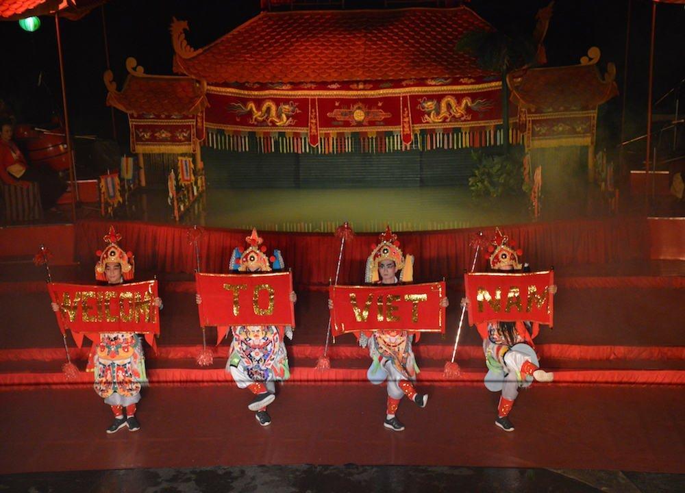 Traditional Saigon Dancers
